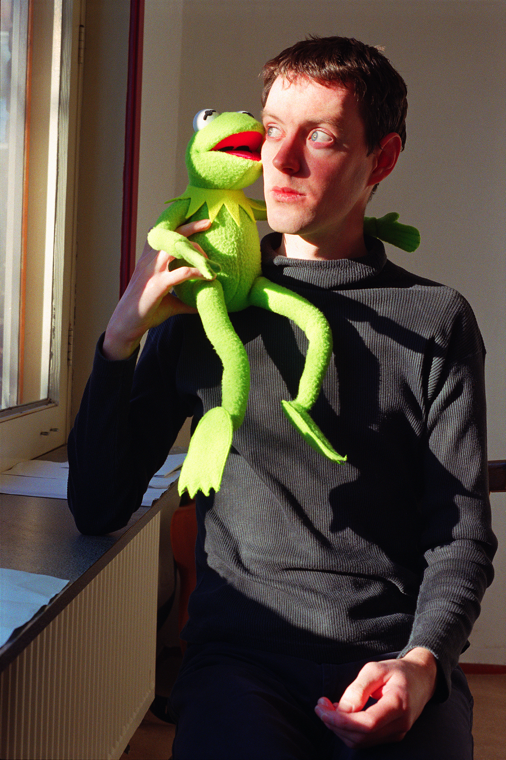 Self-portrait with Kermit the Frog, photograph by Wouter van Riessen